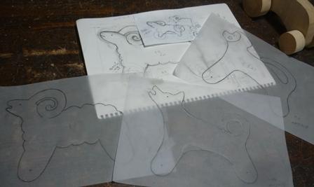 プルトイ製作中 犬・羊・猿のデザイン考案と試作