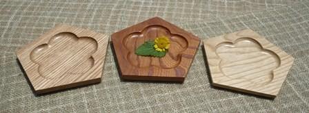 五角皿 梅模様 三樹種