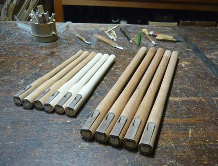ウッドホイッスル製作中    Wooden Whistle In production  ~歌口プレートのはめ込み~