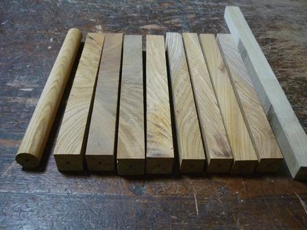 木のオカリナ製作中 ケヤキ材のターニング