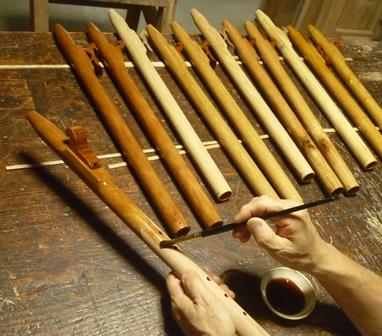 木製インディアンフルート 2回目のカシュー塗り
