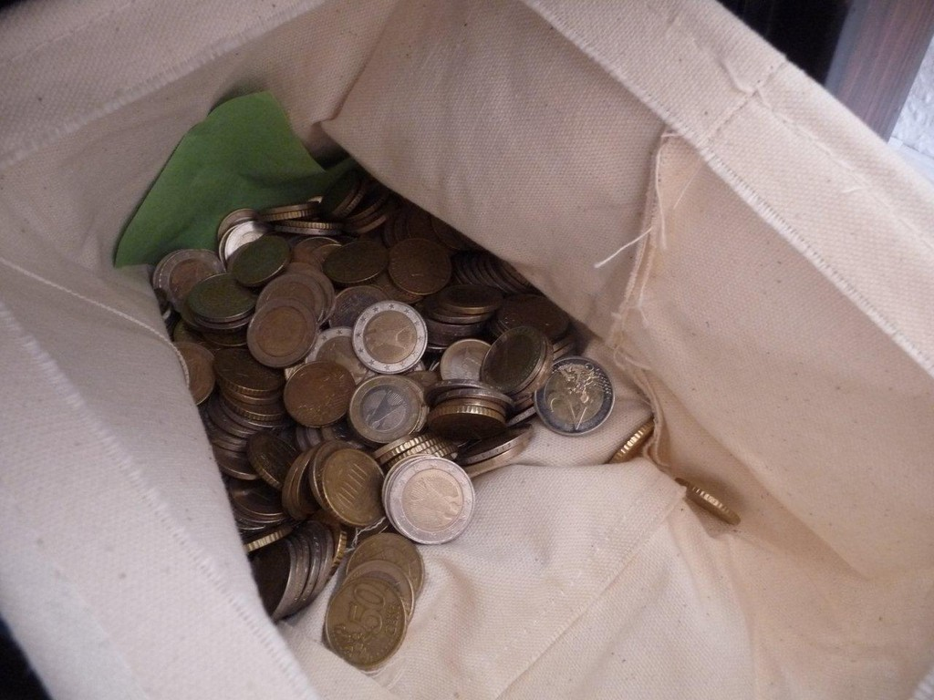 alles meins haha :-D Die Jukebox wird ausschließlich mit Geld betrieben !!