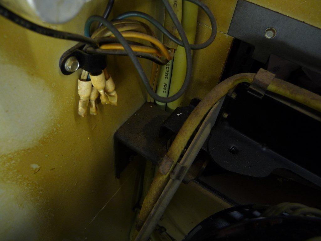 Vor der Reinigung mußten immer wieder Teile entfernt werden !
