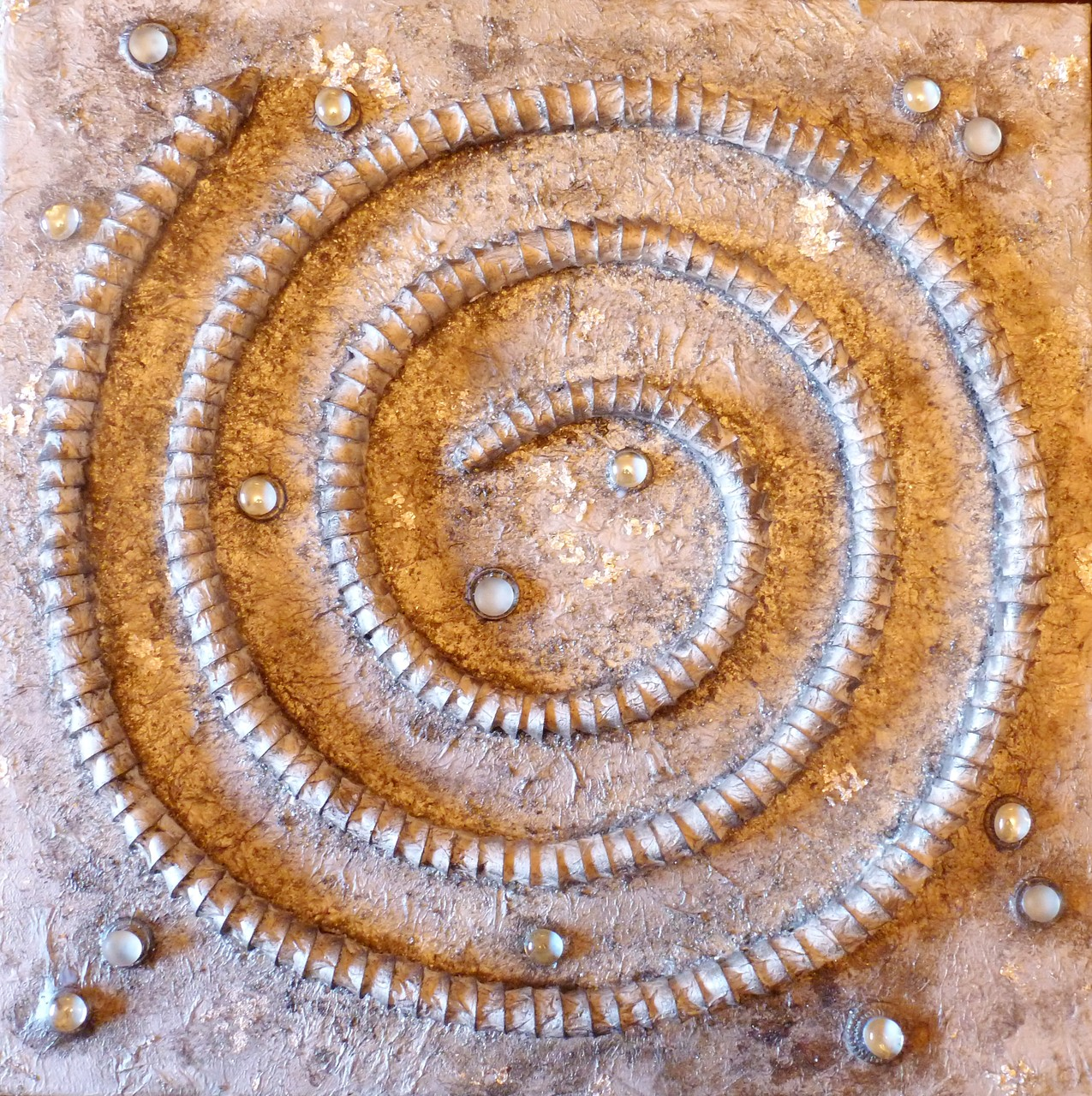 Industrielles Fossil (Assemblage auf Leinwand 60x60cm)