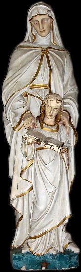 Statue de Sainte Anne Chapelle Ste Anne La Ferriére aux Etangs(61)