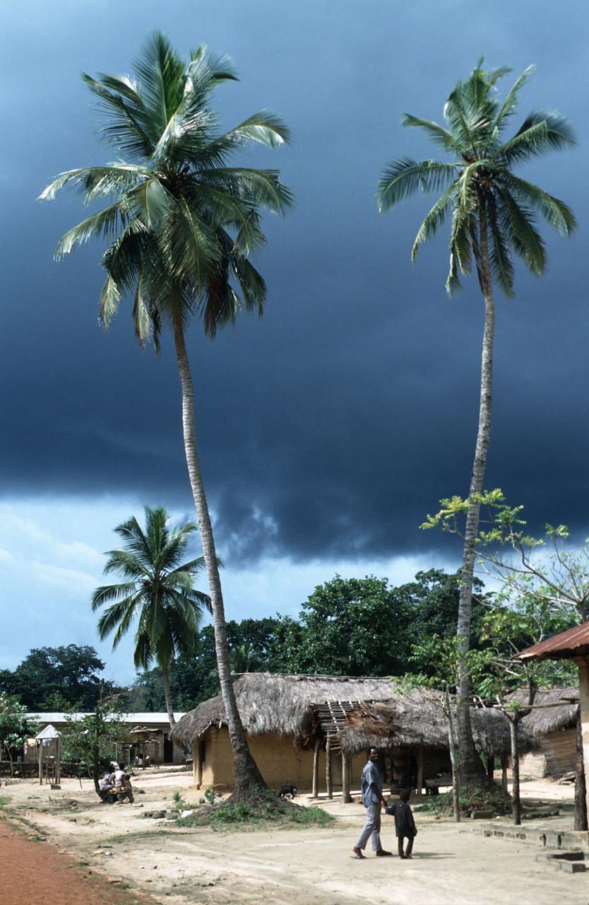 Ghana: Dörfchen Akofieve