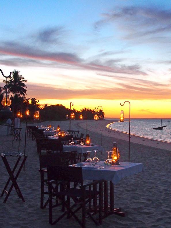 Mosambik: Dinner am Strand in der andBeyond Benguerra Lodge