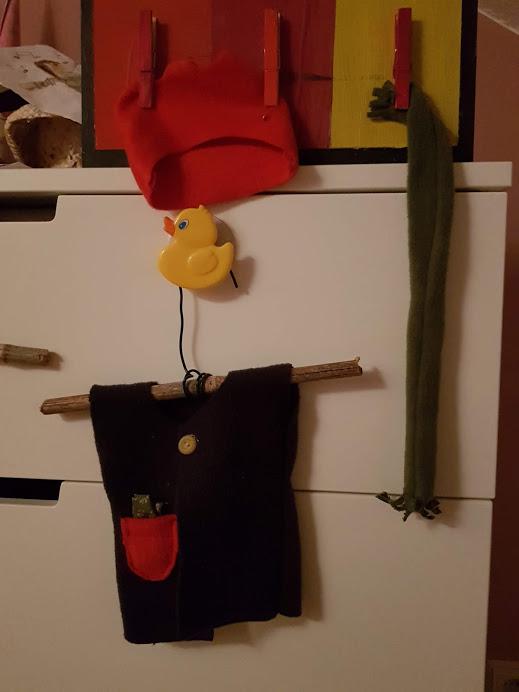 Elle a même fabriqué un cintre...