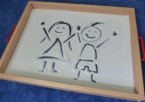 Sandwanne aus der Montessori-Pädagogik