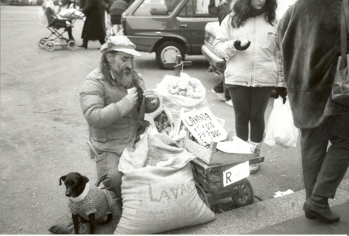 venditore sacchetti lavanda mercato 1997