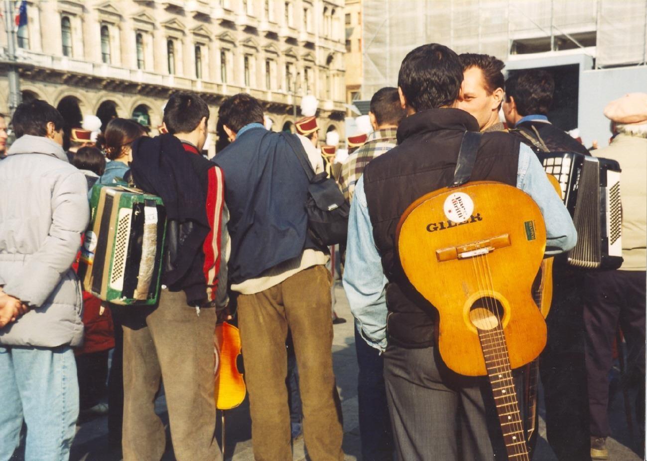 PIAZZA DUOMO MARZO 2003