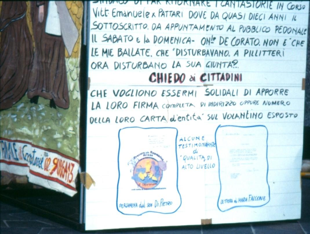 """PROTESTA CONTRO """"SFRATTO"""" DA PIAZZA PIAZZA DUOMO 1997PIAZZA SAN BABILA 1997"""