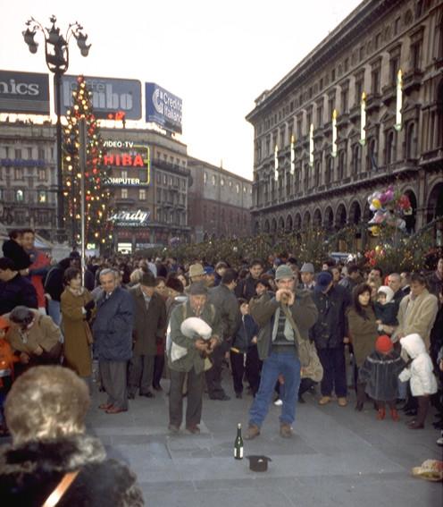 ZAMPOGNARI PIAZZA DUOMO 1991