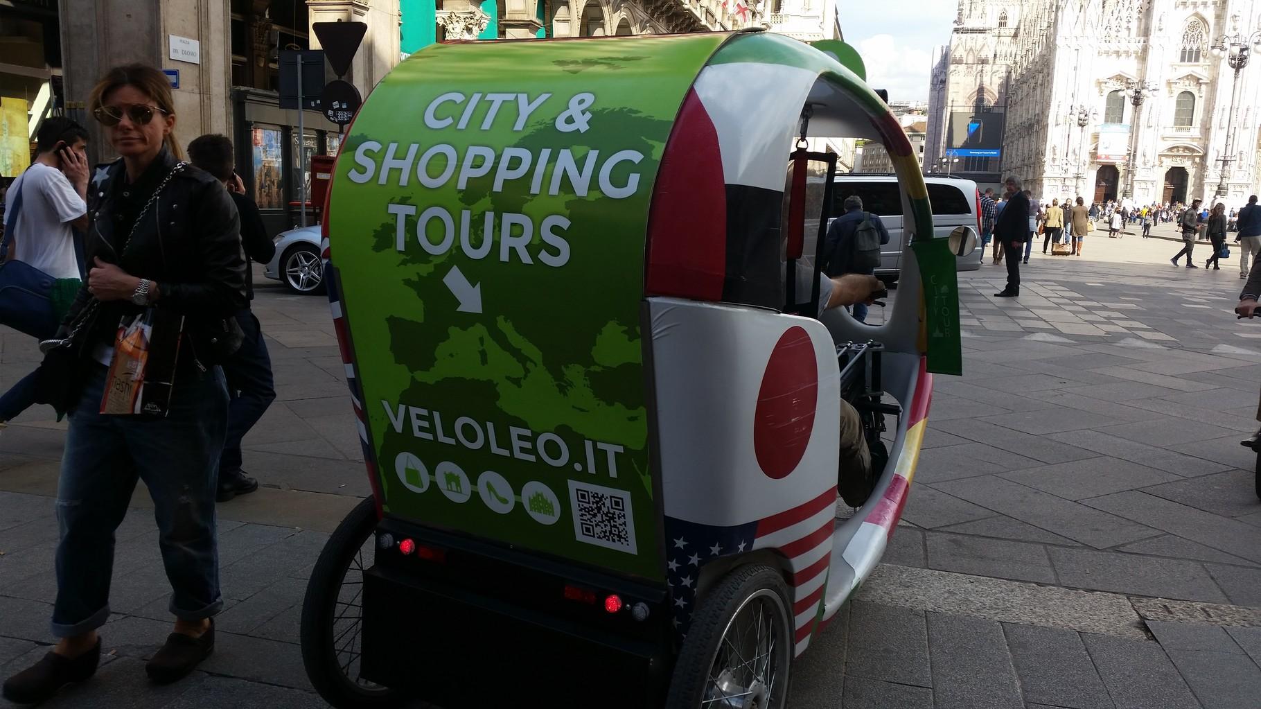 Bicicletta risciò Piazza Duomo 2016
