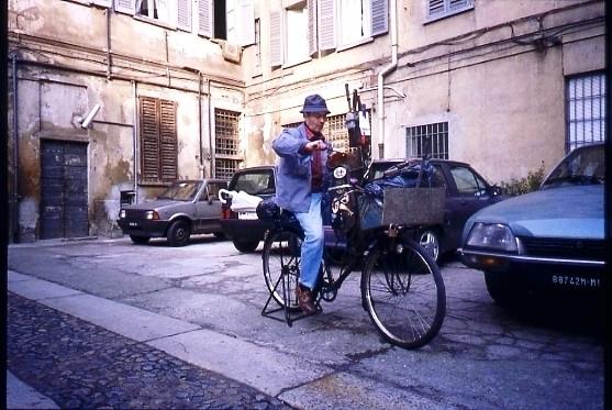 Arrotino cortile Corso San Gottardo 3 - 1992