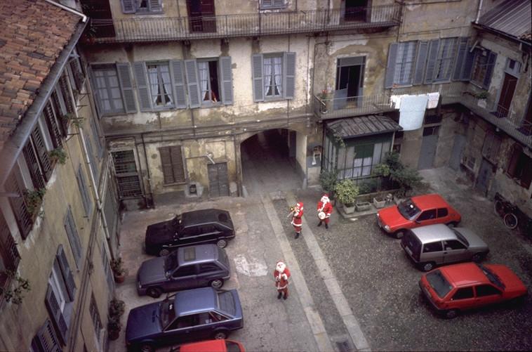 CORTILE CORSO SAN GOTTARDO 3 NATALE 1994