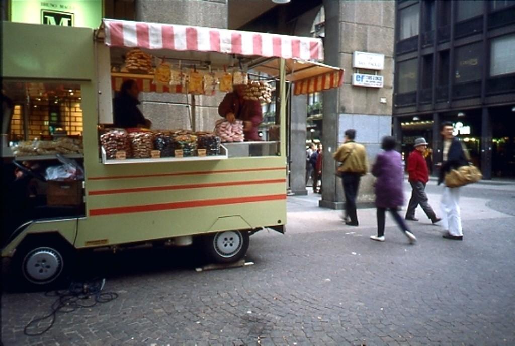 Furgone vendita caldarroste 1994