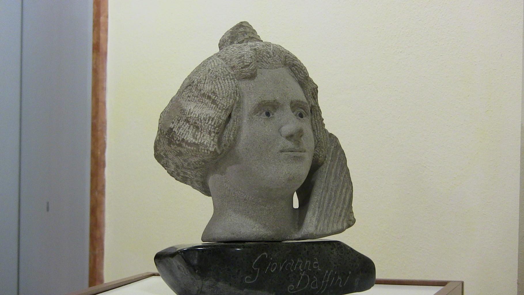 scultura in pietra di fiume raffigurante Giovanna Daffini   dell'Artista pistoiese Dorando Baldi