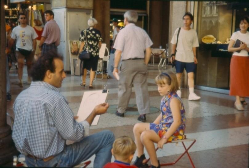 Ritrattista Portici Piazza Duomo 1991