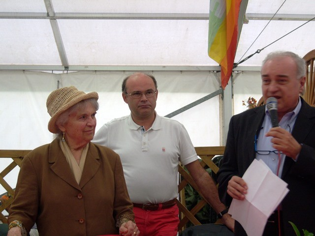 Due generazioni di cantastorie: Dina Boldrini e il figlio Gianni Molinari