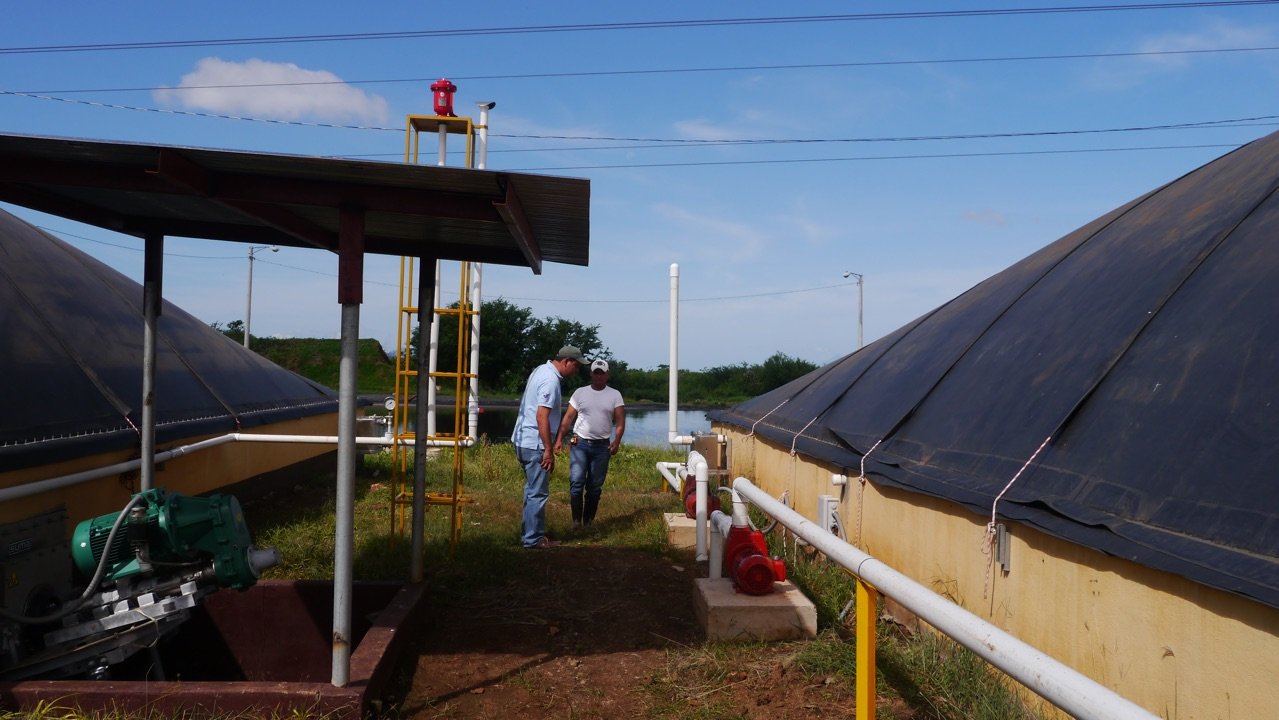 Biodigestor - aprovechamiento de aguas residuales fabrica de plasma