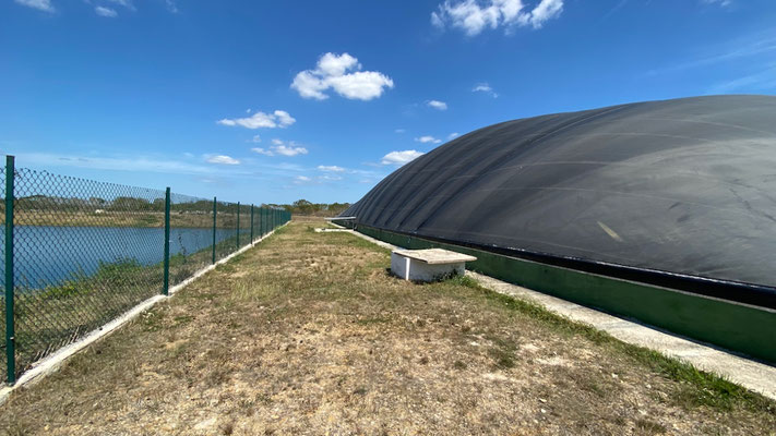 Biodigestor tropicalizado - covered lagoon digester - matadero de reses - frigorifico - biodigestor camal - biodigestor rastro - Aqualimpia