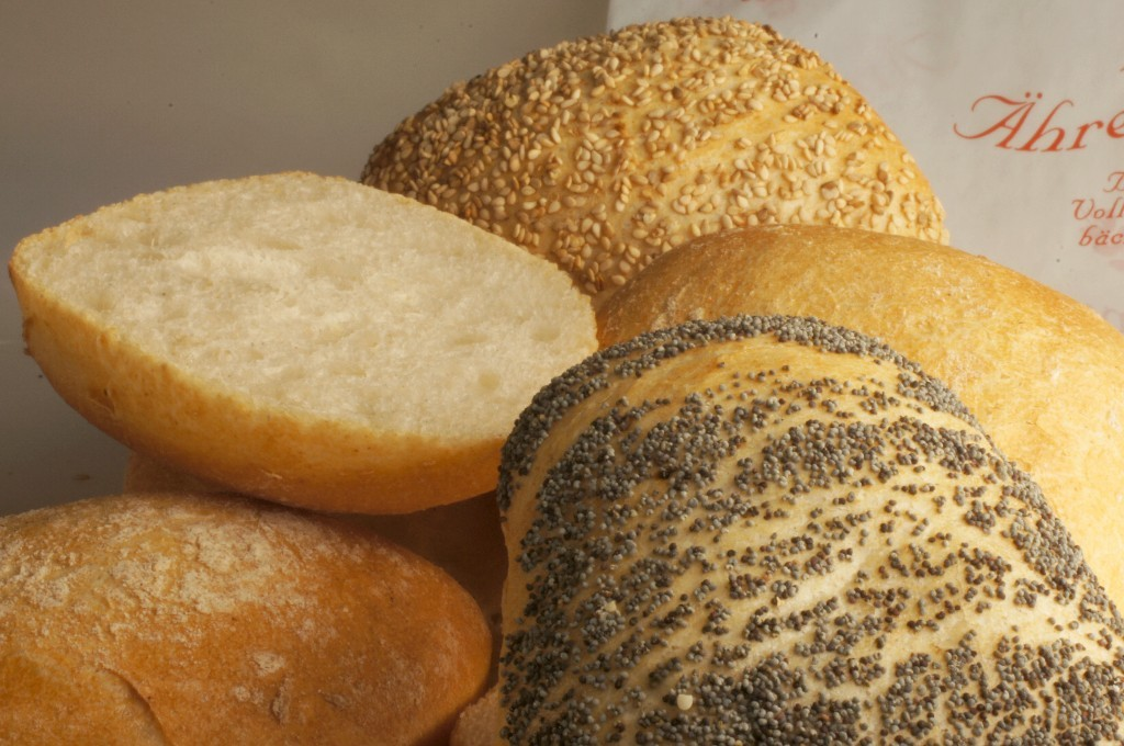 Ciabattabrötchen natur, oder mit Mohn, Sesam, Käse, Mehrkorn