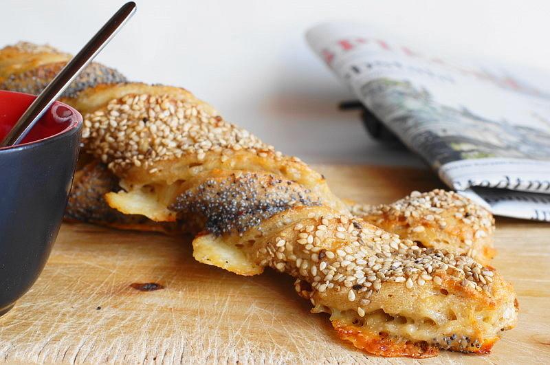 Käsestange, weizenfrei mit Kamutvollkornmehl und viel Käse!