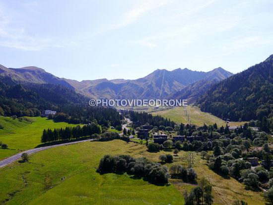 Photo et vidéo en drone de la station de ski du Mont d'Or Auvergne-Photovideodrone