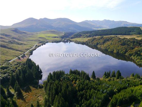 Photo Tourisme et vidéo en drone du Lac de Guéry à Clermont Ferrand Auvergne - Photovideodrone