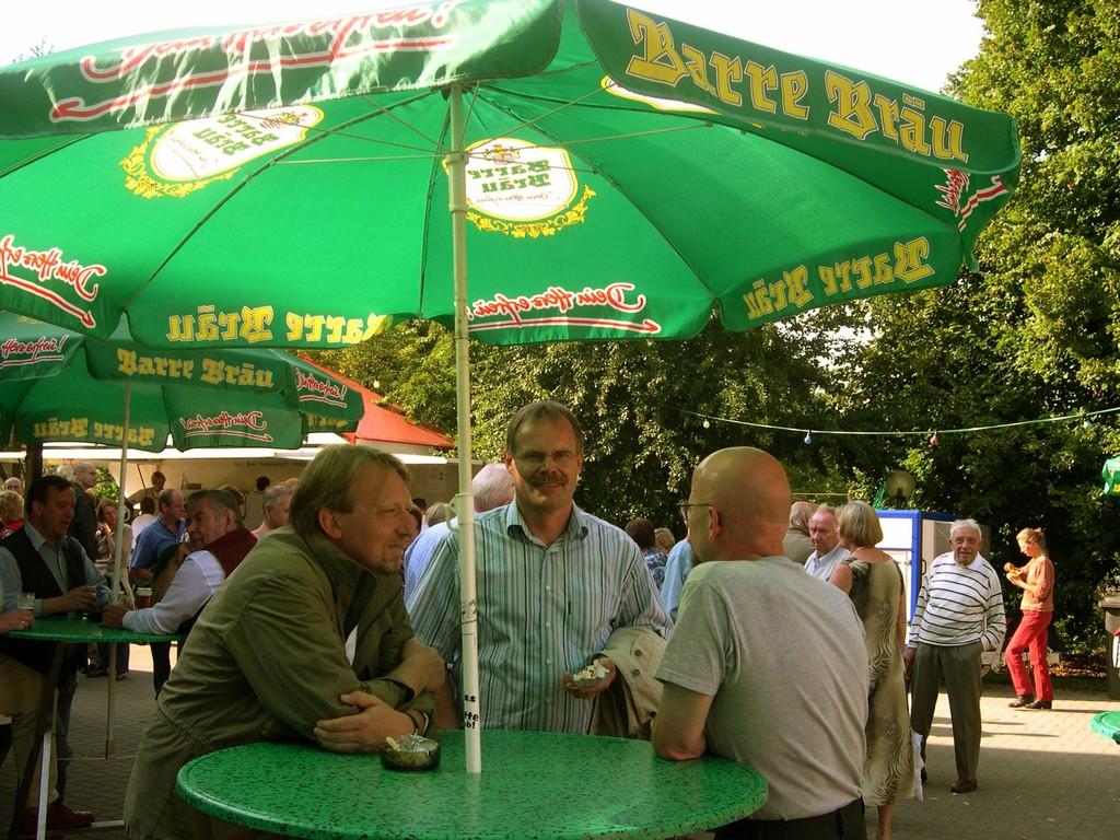 22.08.2004 Volksfest - Siegfried Hehemann im Gespräch mit Dietmar Wischmeyer und Karl-Hermann Knappmeier