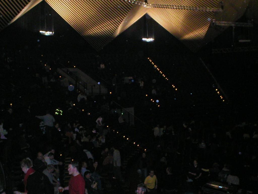 13.11.2004 Auf nach Berlin ins Tempodrom - Das Berliner Publikum