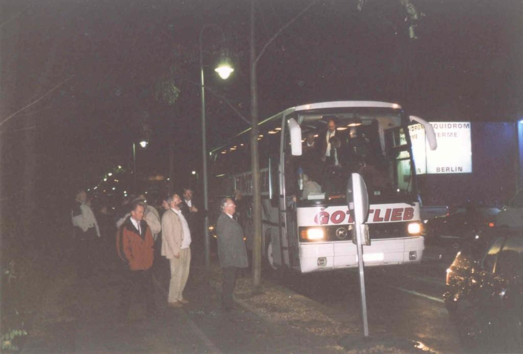 13.11.2004 Auf nach Berlin ins Tempodrom - Abfahrt zum Tempodrom