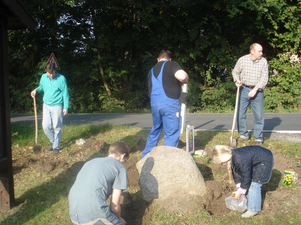 """08.10.2005 MGV unterstützt """"Melle blüht auf"""""""