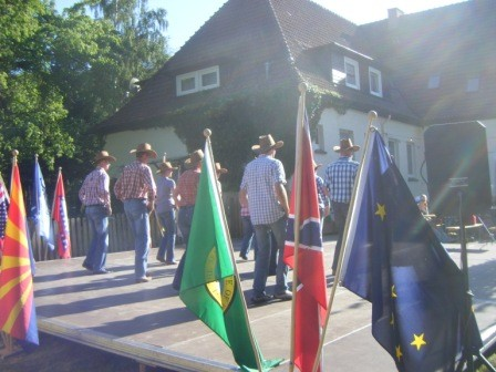 26.10.2010 Das II.Holster Dorffest mit Straßenolympiade