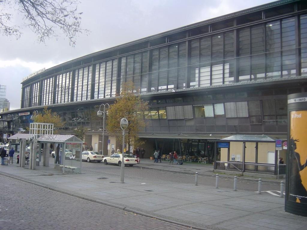 13.11.2004 Auf nach Berlin ins Tempodrom - Bahnhof Zoo