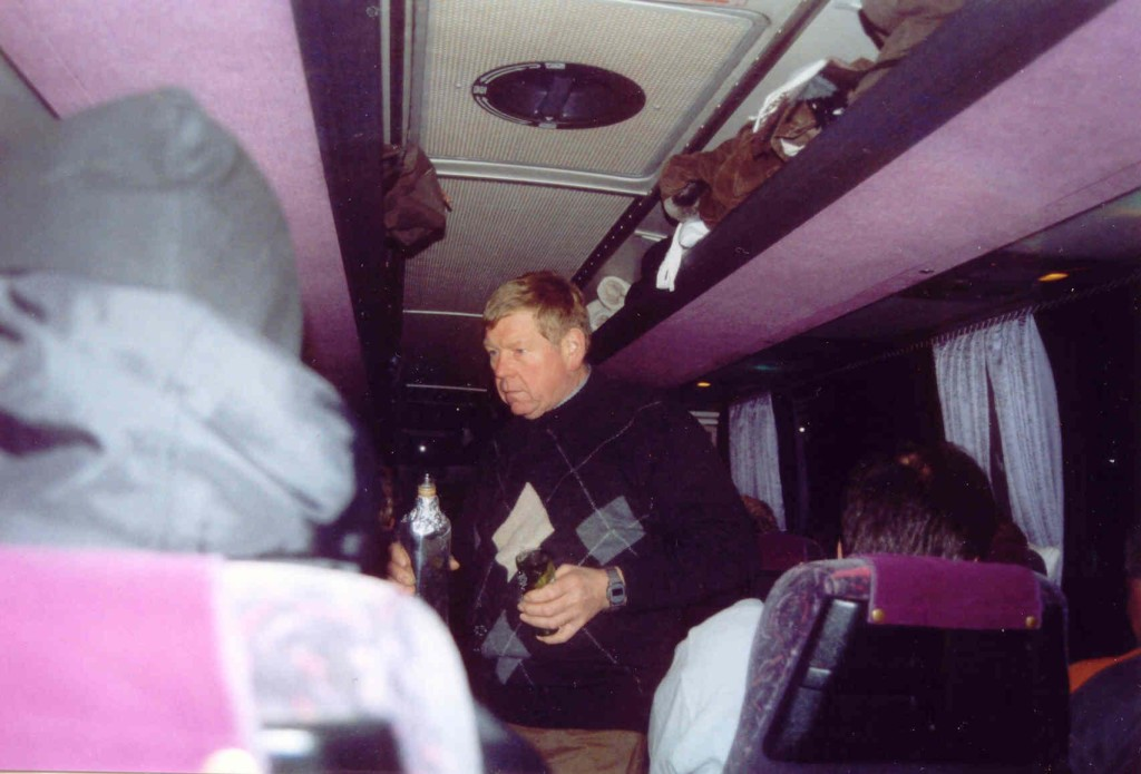 13.11.2004 Auf nach Berlin ins Tempodrom - 6.00 Uhr oder einen Korn?