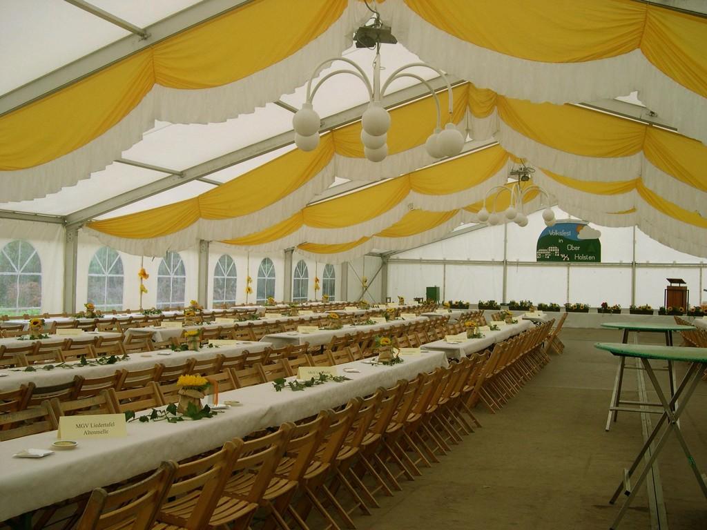 21.08.2004 Vorbereitungen z. Volkfest - Chortreffen & Spielshow: König von Holsten