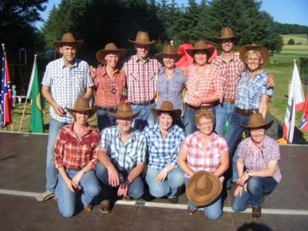 Mannschaftsfoto der Holster Line Dance Gruppe