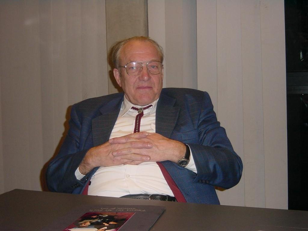 13.11.2004 Auf nach Berlin ins Tempodrom - Erwin, der beste Busfahrer aller Zeiten
