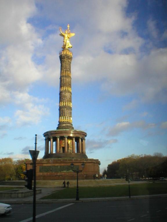 14.11.2004 Berlin Stadtrundfahrt > Heimweg