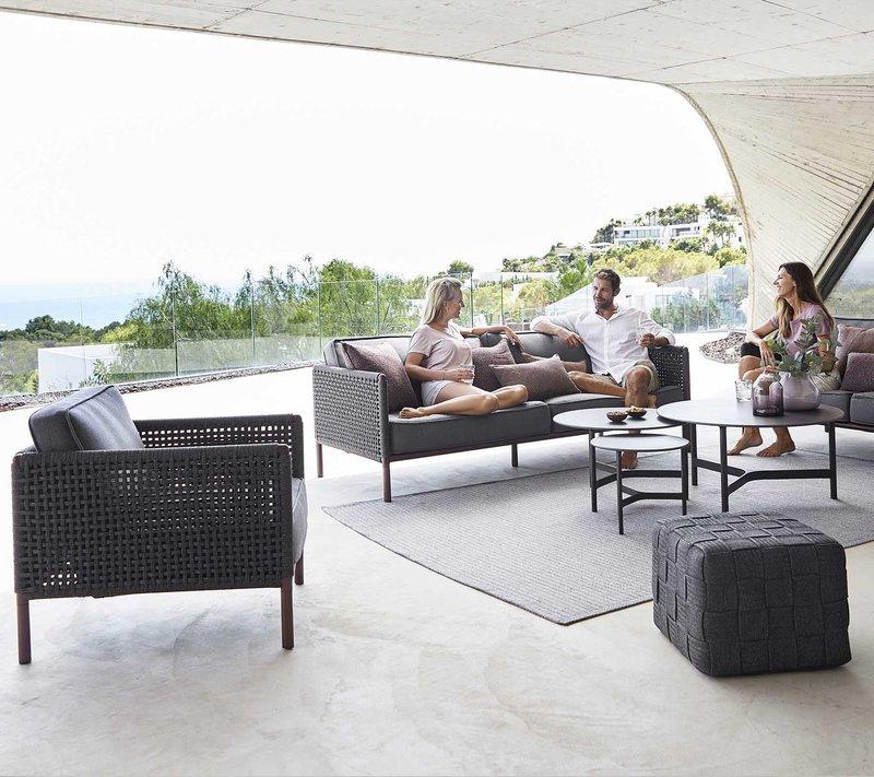 Encore Lounge im Gestell bordeaux-rot