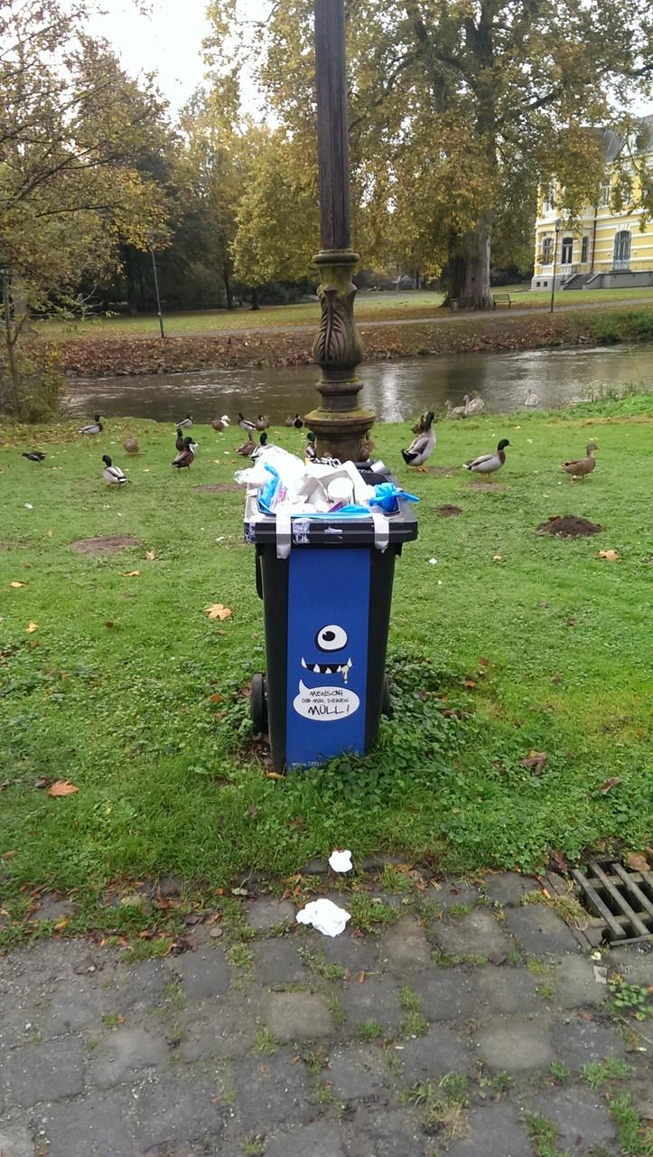 Stellwerk-Müllfresser auf der Stadtparkinsel im Normalbetrieb