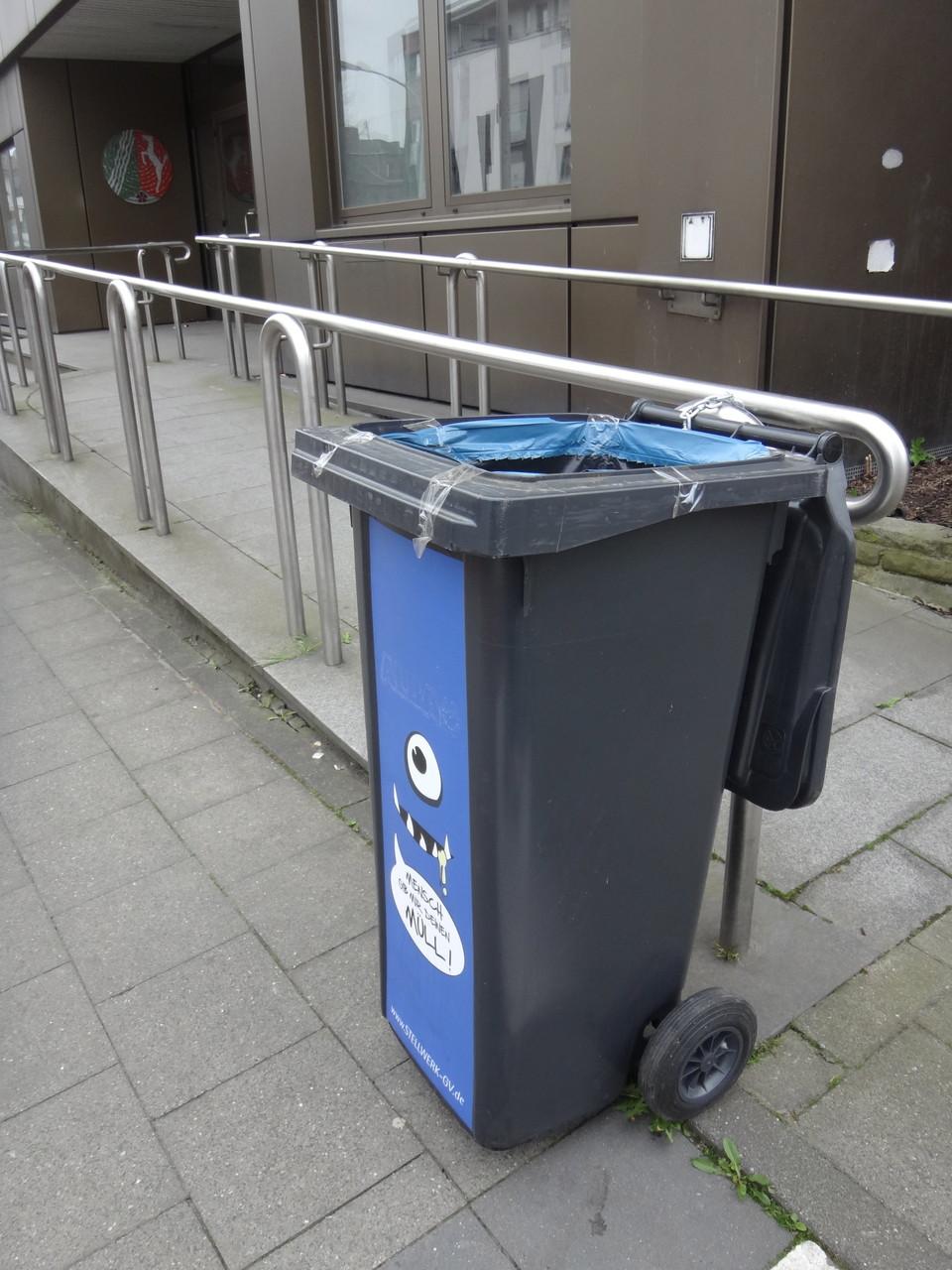 Stellwerk Müllfresser-Tonne während der Testphase