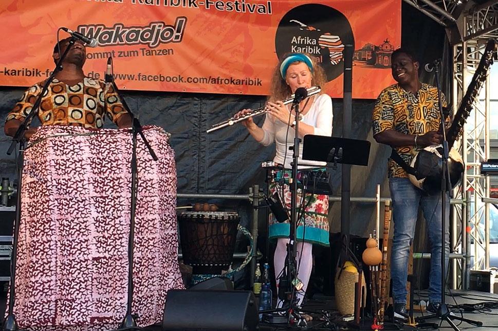 MUSIC FOR LIFE-Benjamin Akoutou, Cordelia Loosen-Sarr, Jalimansa Susso