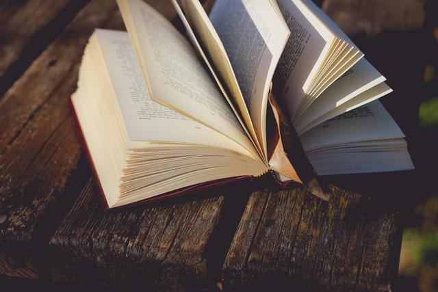 本は大切な師匠