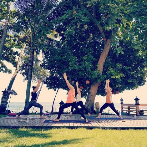 Kosten Yogalehrer-Ausbildung: Kosten. Vinyasa Yoga, Power Yoga Kurs, Yoga für Senioren, Yoga Ausbildungen, Yogalehrer Ausbildung. Kinderyoga. Yogalehrer Ausbildung (Yoga Teacher Training), Meditationslehrer Ausbildung in Zürich Oerlikon