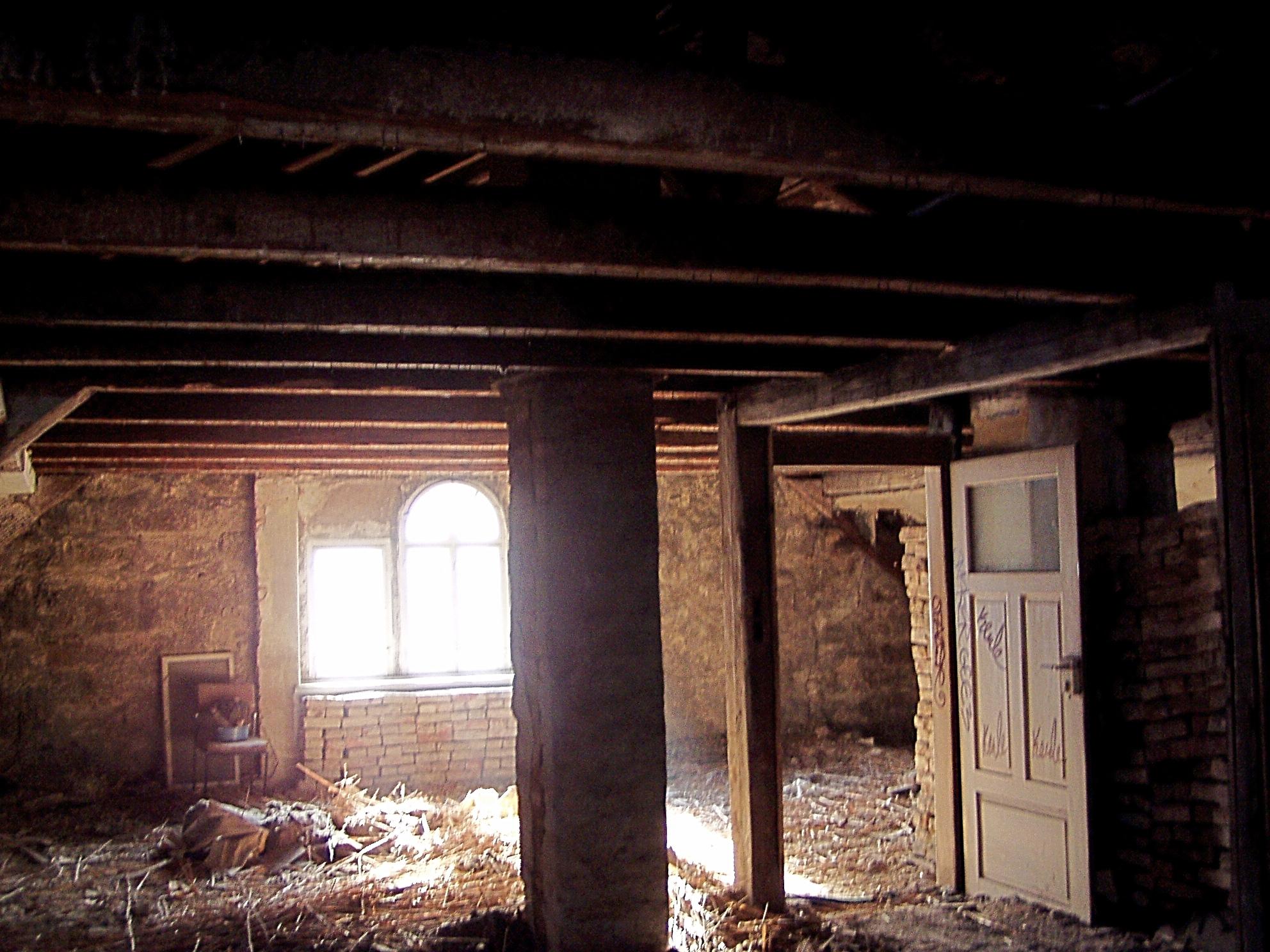 Dachgeschoss während des Rückbaus
