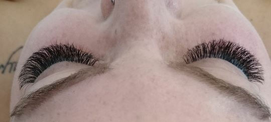 wimpernextensions füllinsdorf Baselland wimpernverlängerung  russianlashes style me up