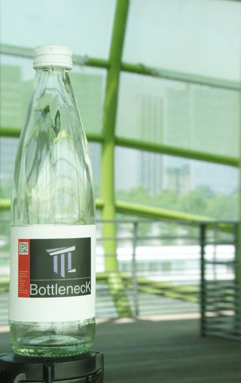 BottlenecK Jacta Est, by Arnaud Montmajour